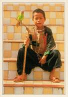 CHIANG MAI:   UN  BAMBINO  MAEOS   (NUOVA CON DESCRIZIONE DEL SITO SUL RETRO) - Tailandia