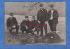 Photo Ancienne - Portrait De Chasseur D' Ours Avec Leur Prise - Voir Fusil - Chasse Bear Hunter Hunt Gun Rifle - Métiers