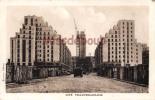 69 - VILLEURBANNE - Cité - Gratte Ciel En Construction  - Dos Vierge - 2 Scans - Villeurbanne