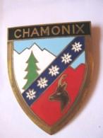 ANCIENNE PLAQUE DE SCOOTER EMAILLEE ANNEE 1950 CHAMONIX EXCELLENT ETAT AUCUNS ECLATS DRAGO PARIS - Reclameplaten