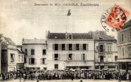 77 MONTEREAU - Place Carnot - Mlle ORSOLA Equilibriste Funambule Devant Hôtel De France - RARE - Montereau