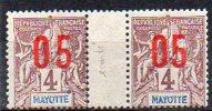 Mayotte N° 22 Et 22A (Chiffres Espacés) Neufs * Se-tenant En Paire Horizontale - Cote 24,50€ - Mayotte (1892-2011)