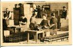 BOURGOGNE - Habillage Et Emballage Des Bouteilles De Vin - Bourgogne