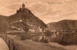 Cpa COCHEM, A. D.MOSEL, Basilique Sur La Montagne, Au Pied La Ville S'étend Le Long De La Rivière (47.84) - Cochem