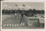 Ostseebad Misdroy V.1934  Kaiser Friedrich Brücke Mit Neuer Terrasse Und Fahnen  (9332) - Pommern