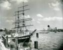 Allemagne Hambourg Hotel Restaurant Flottant Seute Deern Ancienne Photo 1948 - Boats