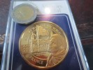 ELLIS ISLAND - VISITORS MEDAL-GATEWAY TO THE NEW WORLD - FRANCE - DORE OR FIN - VOIR PHOTOS - Royal/Of Nobility