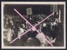 PHOTO COPYRIGHT TRAMPUS  REMISE DE LA CROIX DE GUERRE A LA VILLE DE PARIS  1919  BLASON DE LA VILLE POINCARE  VOIR VERSO - Guerre, Militaire