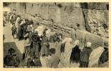 JERUSALEM - GERUSALEMME. IL MURO DEL PIANTO GREMITO DI FEDELI. CARTOLINA ANNI '40 - '50 - Palestina