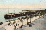 Postcard - Hull Victoria Pier, Yorkshire. 02201 - Hull