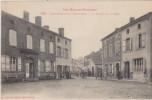 Castelnau Rivi�re-Basse, la mairie et la place