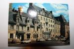 29 - ROSCOFF - La Place Et Les Vieilles Maisons - HOTEL DES BAINS - Roscoff