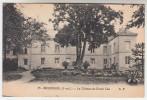 CPA Bourgueil, Le Château Du Grand Clos (pk23789) - France