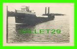 BATEAUX - SHIPS - NON IDENTIFIÉ - 2 GROSSE CHEMINÉES EN ARRIÈRES - - Cargos