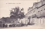CPA 33 @ LIBOURNE @ Cours Tourny - Enfants élèves Classe D´Ecole - Libourne