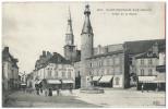 SAINT-POURÇAIN-SUR-SIOULE (Allier) - Place De La Mairie - Animée - Pharmacie, Librairie, Patissier - Otros Municipios