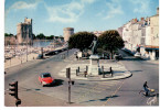 La Rochelle - Tour Saint Nicolas,tour De La Chaîne Et Statue De Duperré (citroën DS) - La Rochelle