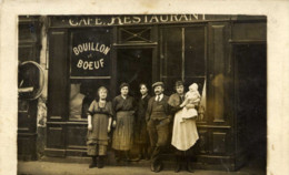 - Rare Carte-Photo -Devanture Restaurant Très Animée Bouillon-Boeuf - Te Identificeren