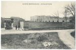AMBARES (Gironde) - Société Oenotechnique - Entrée Principale - Animée - France