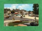 Courseulles-sur-Mer Place Du 6 Juin (Yema - Bazar Parisien Tout Pour La Plage Chaussures - Voitures) - Courseulles-sur-Mer