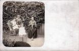 Familienfoto Im Garten, Fotokarte Um 1900 - Fotografie