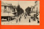 44 LA BAULE : La Rue De La Gare - La Baule-Escoublac