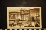 CP, 56, PLOERMEL Hotel De Bretagne Un Coin De La Salle A Manger       Edition  J Nozais  Publicité - Ploërmel