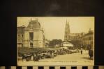 CP, 51, CHALONS SUR MARNE La Place Godard Un Jour De Marché    N°72 Edition ND - Châlons-sur-Marne