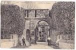 LES ESSARTS. - L´entrée Du Château. Belle Carte - Les Essarts