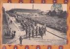 1 Cpa SAINT QUENTIN : 87° Régiment D'Infanterie - Le Régiment En Marche - Régiments
