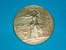 """Médaille  ) Vermeille - M.LE DR .TSAKIRIS """"jean """" 1916 - Association Amicale Et Prévoyance Préfecture De Police - Police"""