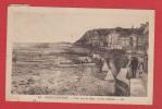 Arromanches  --  Vue Sur La Digue Et Les Cabines - Arromanches