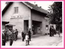 Photo - Cphethua - Srnetica - Bosnie - Bahnhof - Gare - Animée - Agent De Train - Contrôleur - Képi - 24 X 18 Cm - Gares - Sans Trains