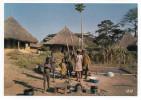 Afrique En Couleurs--La Vie Au Village (animée,enfants ),cpsm 15 X 10 N°8234 éd IRIS - Cartes Postales