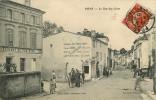 Dép 17 - Attelage De Chevaux - Pons - La Rue Des Aires - A Gauche Restaurant Du Fer D'Or - état - Pons
