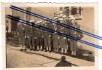 Militaria, Photo Originale , Groupe De Militaires (Au Dos = Troyes 1946) - Uniformen