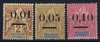 MADAGASCAR Yv Nr 51 II - 53 II MH/*, Avec  Charnière , Mit Falz, Signe - Madagascar (1889-1960)