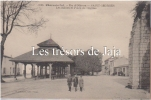 Ile D´Oléron - Saint Georges - Les Halles Et Place De L'Eglise - Ile D'Oléron