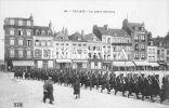 CALAIS : PLACE D'ARMES - MILITAIRES - Calais
