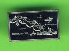 PIN´S - MAP OF CUBA - CARTE GÉOGRAPHIQUE DE L'ILE DE CUBA - - Pin's