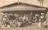 CONAKRY MARCHE DE TEMBO FEMME SEINS NUS - Guinée Française