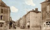 79  CERIZAY  La Grande Rue  Animée Voiture Hôtel Du Lion D´Or - Cerizay