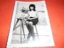 B605 Foto Flou Torino Donna In Posa Cm14,5x10 - Fotografia
