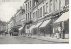Cambrai - Rue Des Liniers - N°4586 - L.D.V. - TRAM Et ATTELAGE - Plusieurs Commerces - Ecrite - Cambrai