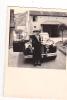 25017 Photographie Originale  Belgique - Vieille Voiture -photographe Zingher Rue Du Trone XL - Automobiles