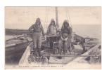 25106 Arcachon France , Chaland Détroquer Les Huitres -LL 103 -ostreiculture Bateau Pecheur Ship Oster - Elevage