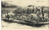 CPA (LAOS)   Sur Le Mekong Grande Pirogue Désarmée Pour Le Passage D Un Rapide - Laos