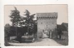 Druyes Les Belles Fontaines Porte De La Ville - France