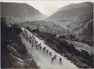 Photo A.F.P. Et Inter. Tour De France 1948 13e Étape Cannes-Briançon Dans Le Contrefort Des Alpes. Hautes-Alpes, 05. - Cyclisme