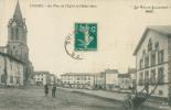 43 LOUDES / La Place De L'Eglise Et L'Hôtel Borie / - Loudes